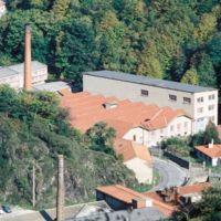 Saint-Sauveur au 1er plan, usine Darmais de la Resse au 2nd plan
