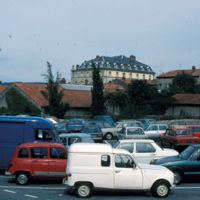 Parking sur l'ancien Moulin de la Ville, et Grand Balcon