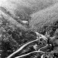 Carte postale : vue aérienne de l'usine