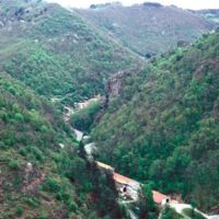 Hautpoul vu de Saint Sauveur : la vallée sans Haupoul