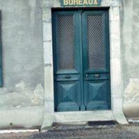 Porte d'entrée de bureaux à La Richarde