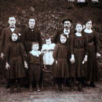 photographie de la famille Rabou à Canjelieu