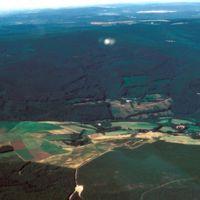 En avion au-dessus de la Montagne Noire : vue aérienne différente