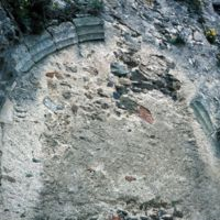 Vestige d'arc gothique dans le village