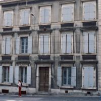 Rue du Moulin : façade de maison