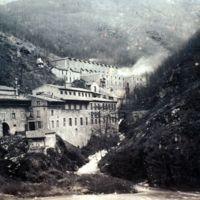 Sabatié (en haut) ; usine Galibert-Martrat ou les Ajustants (en bas)