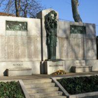 Monument aux Morts : vue d'ensemble