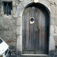 Porte de maison, rue du Théron