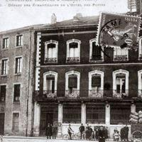 Carte postale de Mazamet : hôtel des Postes. Départ des échantillons